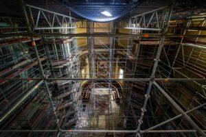 impalcature restauro interno Duomo di Pescia il tuo paese