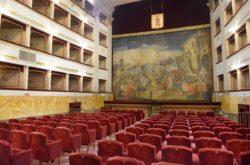 teatro Pacini dentro pescia il tuo paese