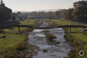 fiume pescia con ponti a pescia