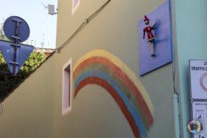street art arcobaleno pinocchio a pescia