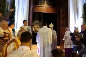 apertura porta santa cattedrale santa messa inaugurazione giubileo diocesi pescia