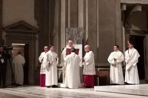 nuova cattedra episcopale cattedrale santa messa inaugurazione giubileo diocesi pescia