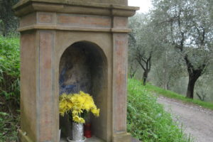 Antica strada Firenze-Lucca Tabernacolo Pescia