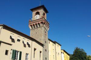 torre dell'orologio palazzo del vicario comune pescia