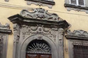 via ruga degli orlandi palazzo storico pescia