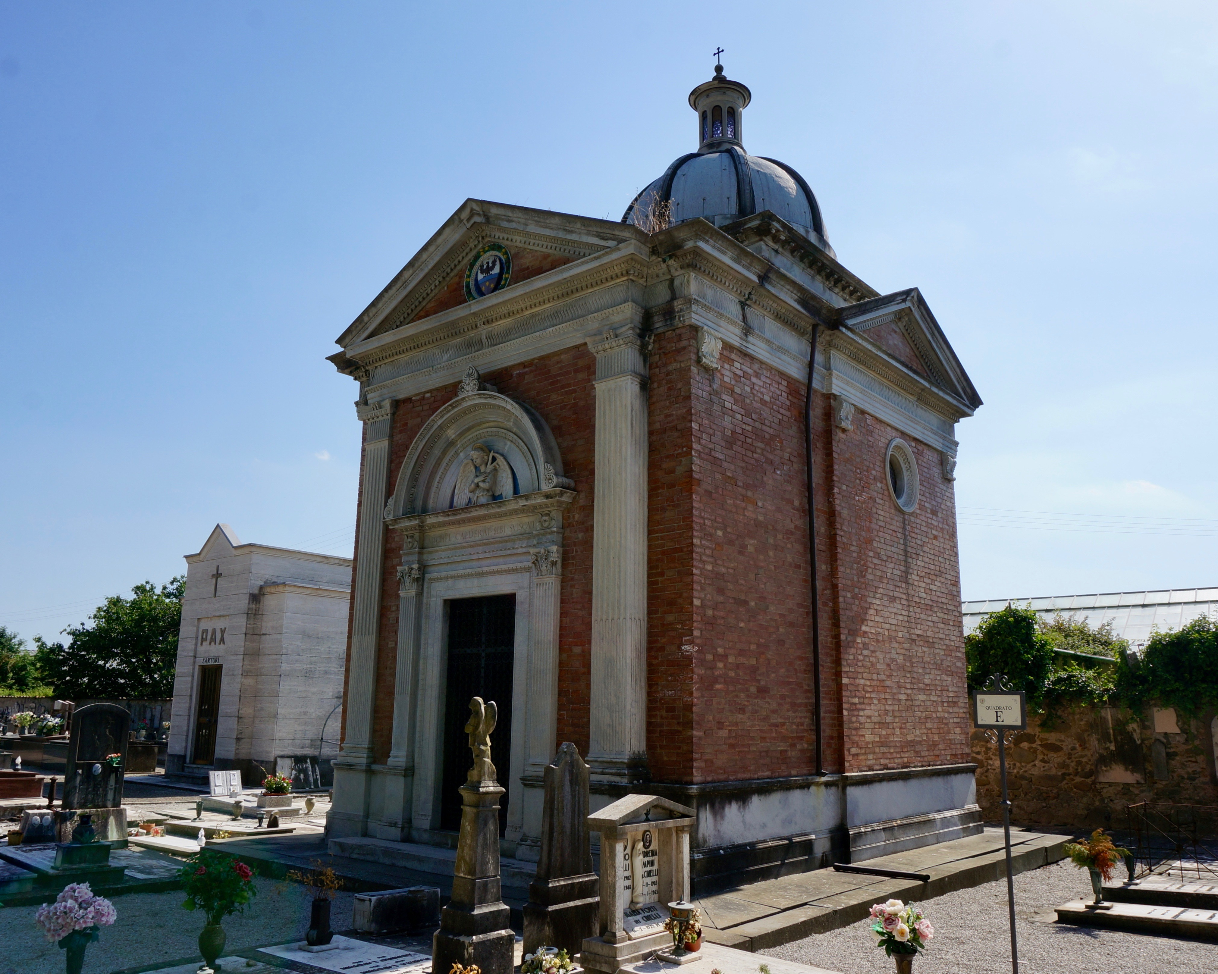 cappella Calderai cimitero monumentale pescia