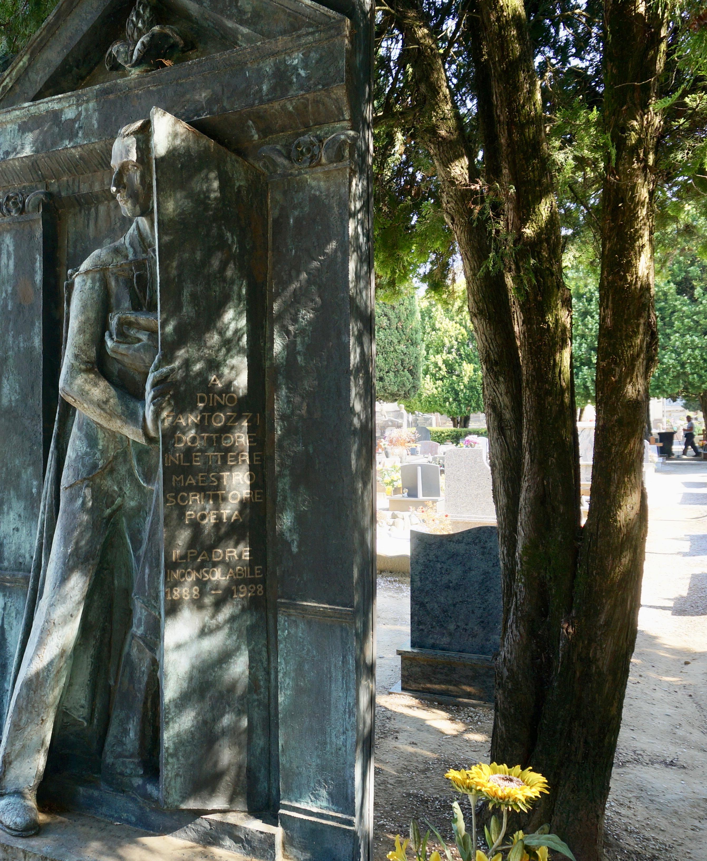 scultura cimitera monumentale pescia
