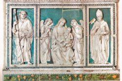 trittico madonna con bambino della robbia giubileo cattedrale pescia