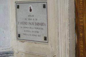 lapide tomba Padre Antonio Pagni chiesa santissima annunziata Pescia