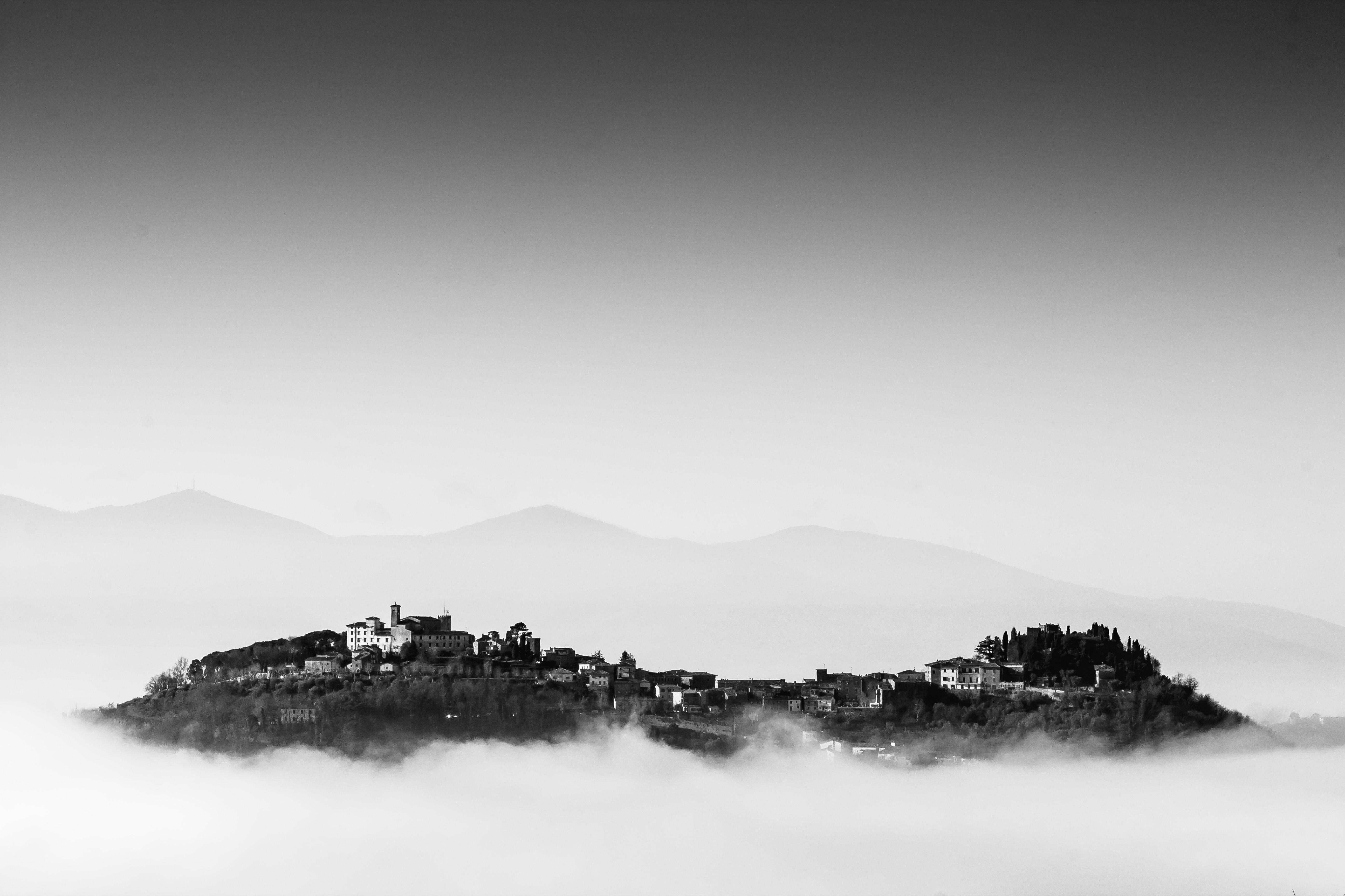 MARRACCINI Rocca_di_Montecatini_Alto_sopra_le_nuvole WIKI LOVES VALDINIEVOLE