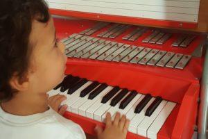 DOLCE MOZART SCUOLA MUSICA BAMBINI PESCIA