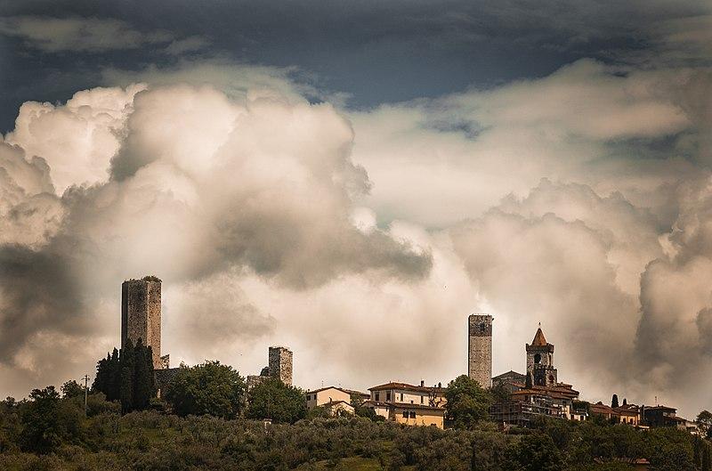 OSTERI SERRAVALLE PT Rocca_Nuova_vista_dal_finestrino_del_treno! PESCIA