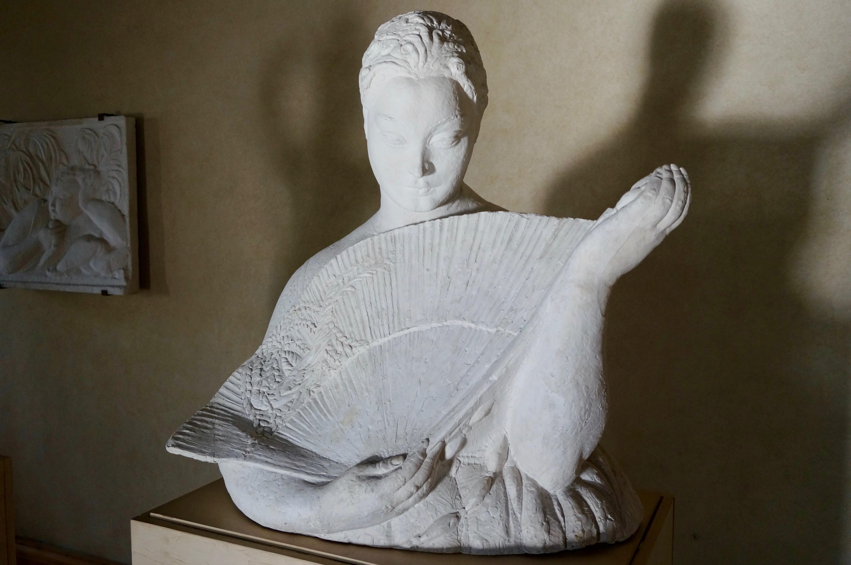 Palagio Palazzo del Podestà Gipsoteca Libero Andreotti donna ventaglio Pescia