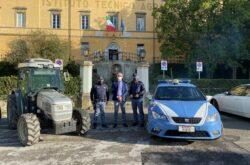 trattore istituto agrario Anzilotti rubato e ritrovato polizia commissariato Pescia